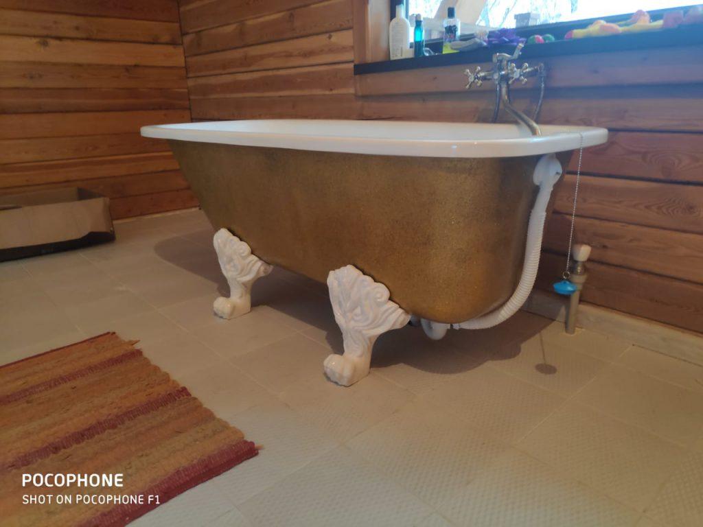 Установка ножек для ванны львиные лапы